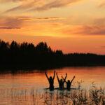 Ranualla pääsee nauttimaan yöttömästä yöstä ja keskiyön auringosta. Lämpimät vedet kutsuvat uimaan.
